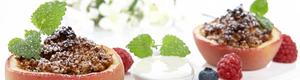 Bakte epler med mandelfyll